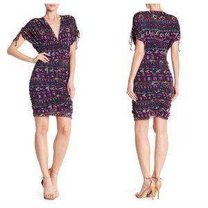 Vertigo Paris Printed purple V-Neck Dress sz M NWT